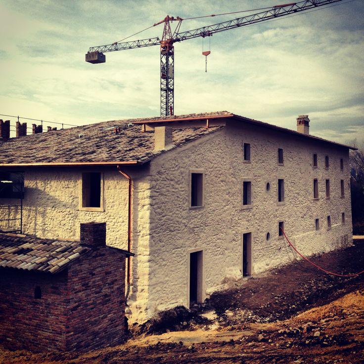 Working in progress #lakegarda #bardolino #bardolino #garda #italy #hotel