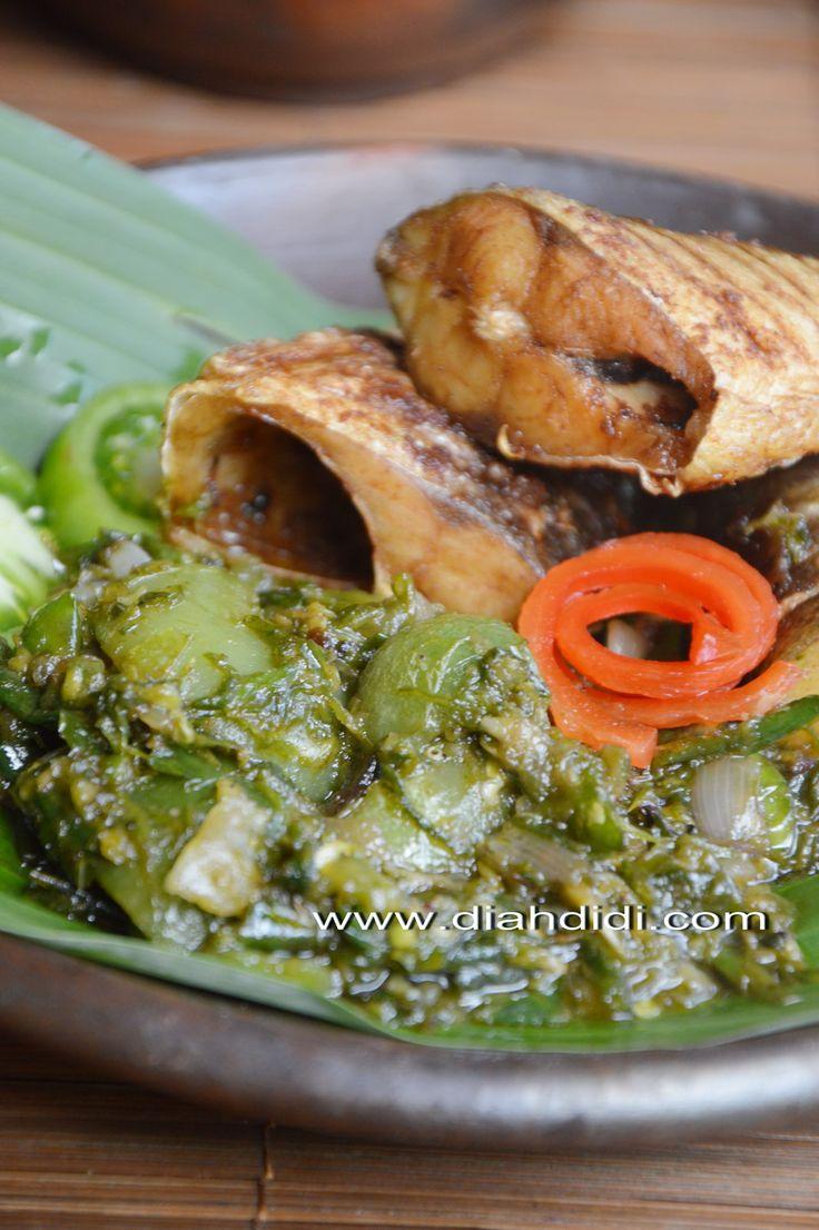 Diah Didi's Kitchen: Sambel Ijo ( Lado )...Yang Berubah Jadi Sambal Terasi..^_^