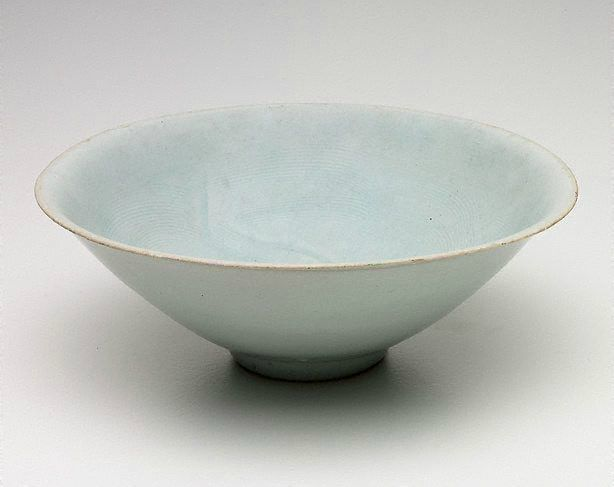 Pair of qingbai conical bowls, 13th century, China, Song dynasty (960 - 1279) - Yuan dynasty (1279 - 1368)