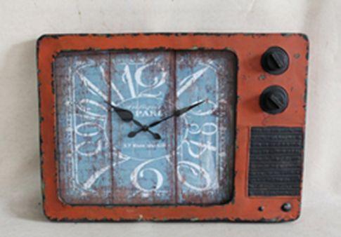 36015 Oversize Rustic Clock Radio 61x44x5.5cm