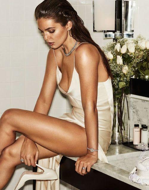 Emily DiDonato - Vogue Paris Maio 2017 ~ Editoriais - Revistas de Moda