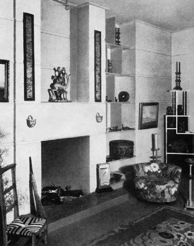 A room designed by Kem Weber, Los Angeles, 1928, illustrated in Innen-Dekoration, 1928.