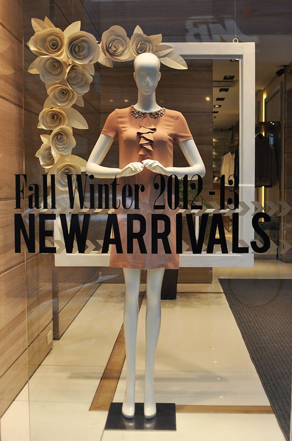 a69d58609f3131235de7690b40630453 boutique window displays store window displays best 25 boutique window displays ideas only on pinterest,Womens Clothing Boutiques Near Me