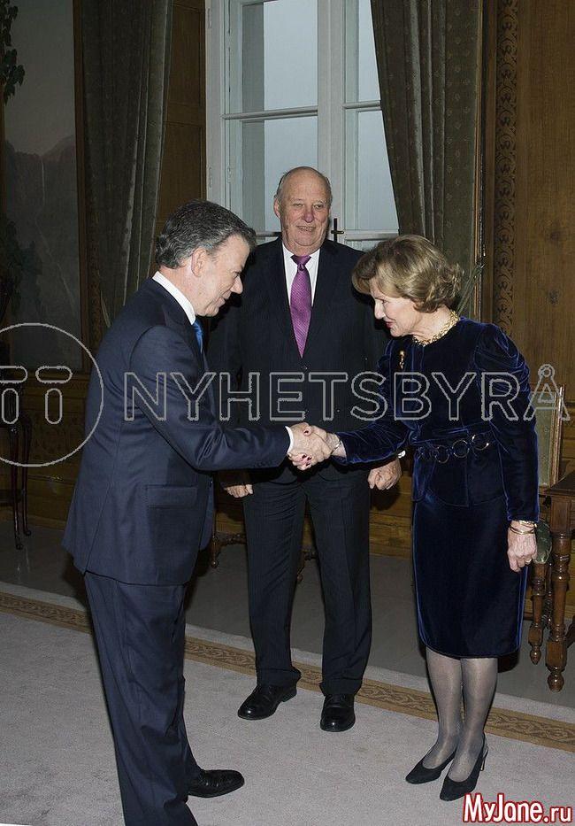 10 декабря 2016 года: члены королевской семьи Норвегии и церемония вручения Нобелевской премии мира: Группа В некотором царстве-государстве...