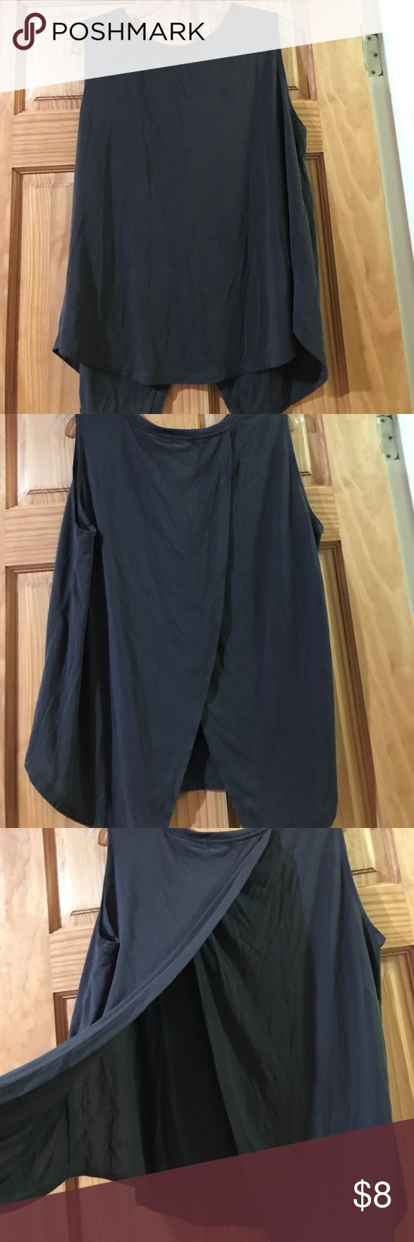 Cute Old Navy Tank Top Light weight Old Navy Tank Top. Perfect for warm weather or working out. In perfect condition! Old Navy Tops Tank Tops