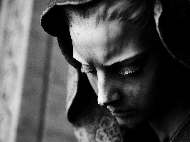 Совершенство может быть создано человеческой рукой. Это доказывают мастера во всем мире, гениальные скульптуры которых словно оживают из мрамора, глины и бронзы. Глядя на эти произведения искусства, даже не верится, что холодный камень может создавать полное ощущение живого тела.  #Abbigli #хендмейд #подарки #рукоделие #хобби #креатив #handmade #art #идея #вдохновение #искусство #скульптура #мрамор