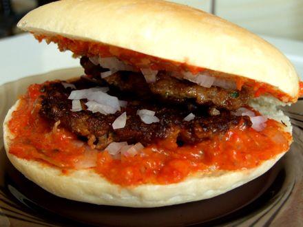 Hamburger+sarbesc