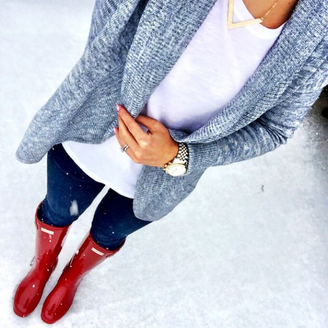 IG @mrscasual <click through to shop this look> Old Navy open cardigan.  Loft layering tunic.  Nordstrom denim leggings.  Military Red glossy hunter boots.  Michael kors watch.