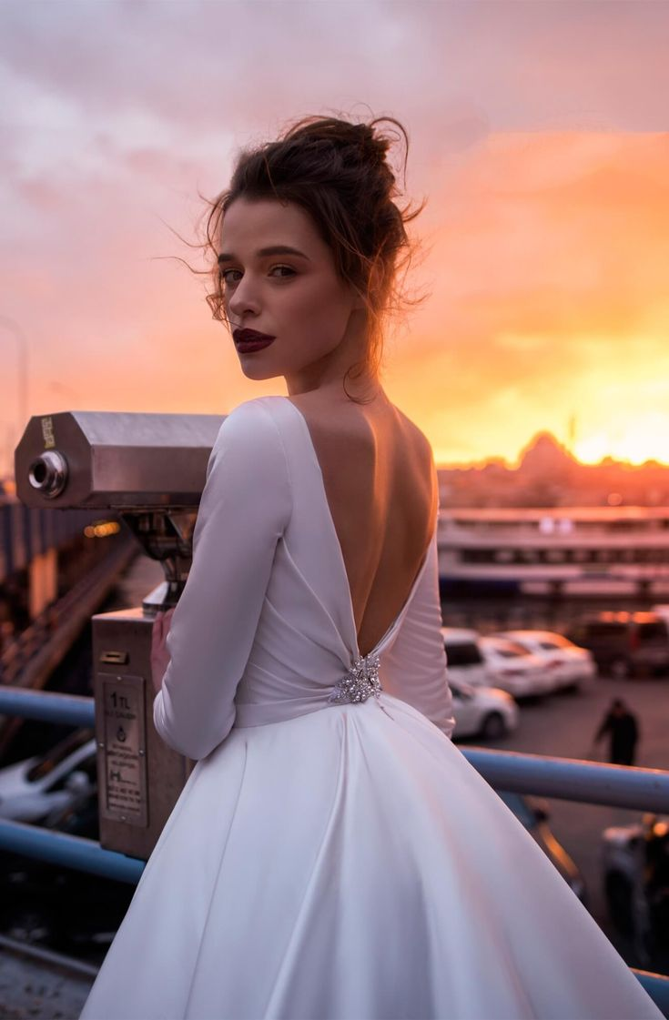 Long Sleeve Satin Wedding Dresses Backless 2019 Ball Gown Bridal Dress Cathedral Train 7