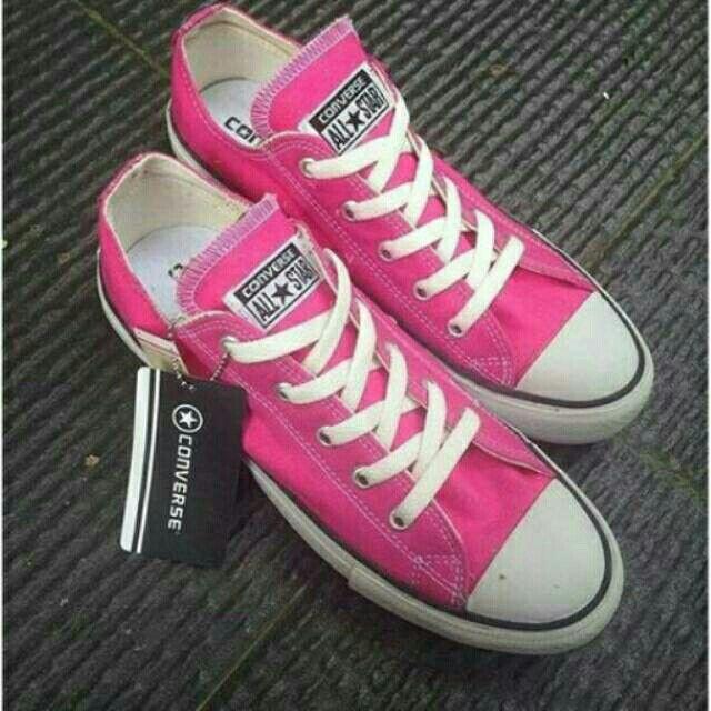 Saya menjual Converse Low Pink seharga Rp155.000. Dapatkan produk ini hanya di Shopee! https://shopee.co.id/deventostore/6690217 #ShopeeID