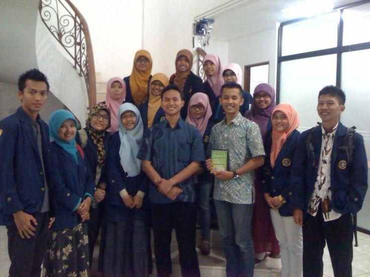 Kunjungan Tanoto Scholars Association ke Indonesia Mengajar 2013