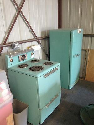 Vintage 1950s Green/aqua GE Range And Refrigerator