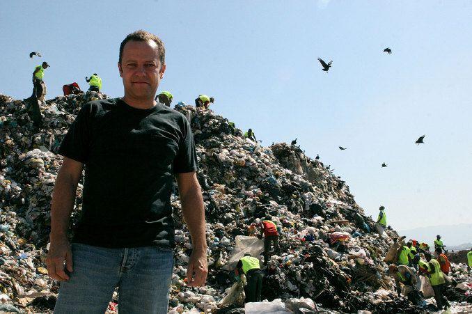 사진은 권력이다 :: 웨이스트 랜드, 쓰레기를 예술로 담아 삶의 변화를 이끈 감동 다큐