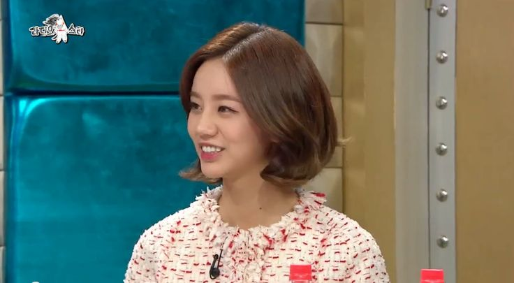 Girl's Day Member Hyeri Says She Provides For Her Parents With Money Earned From Endorsements http://www.kpopstarz.com/articles/149769/20141211/girls-days-hyeri-bought-her-parents-a-house-with-cf-income.htm
