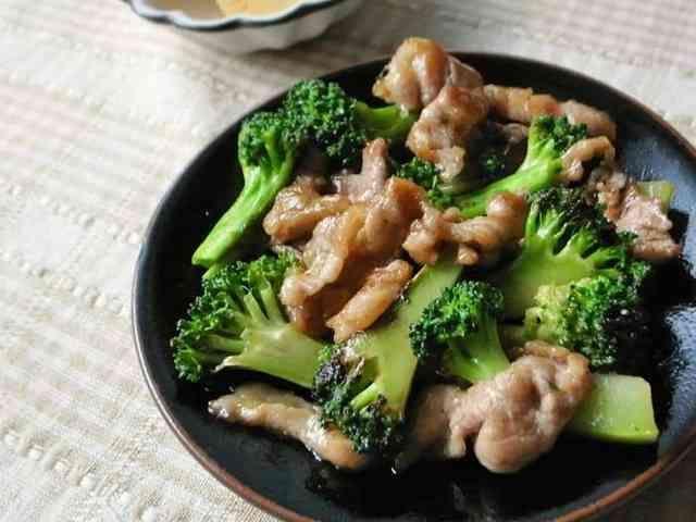 ブロッコリーと豚こま肉の中華炒めの画像