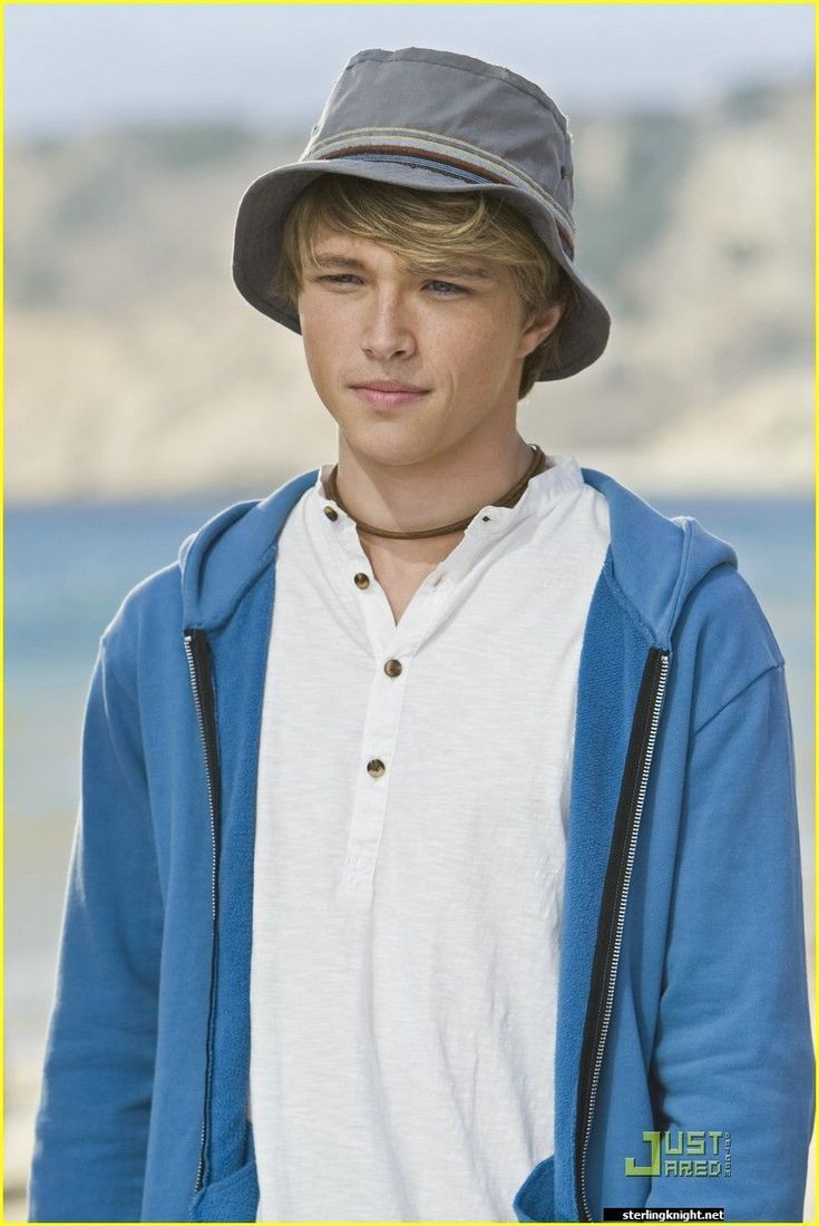 sterling knight.. think i just melted.