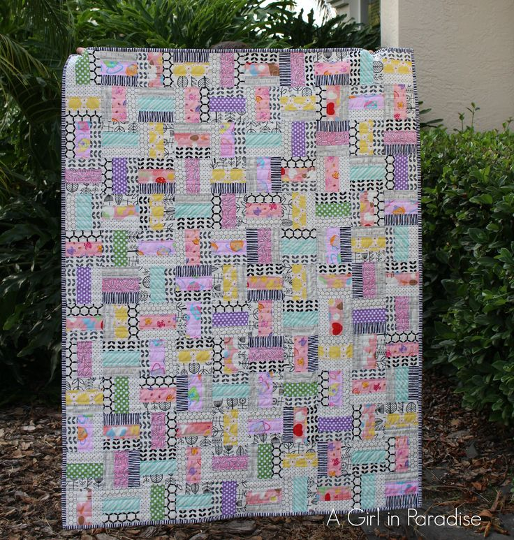 A Girl in Paradise Modern I-Spy Baby Quilt