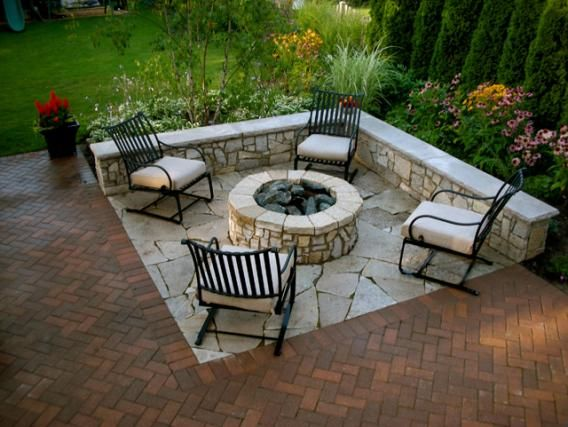 Maybe 90deg Angle Instead Of Rounded Seat Wall Around Fire Pit With Garden Behind The Yard Pinterest Backyard And Patio