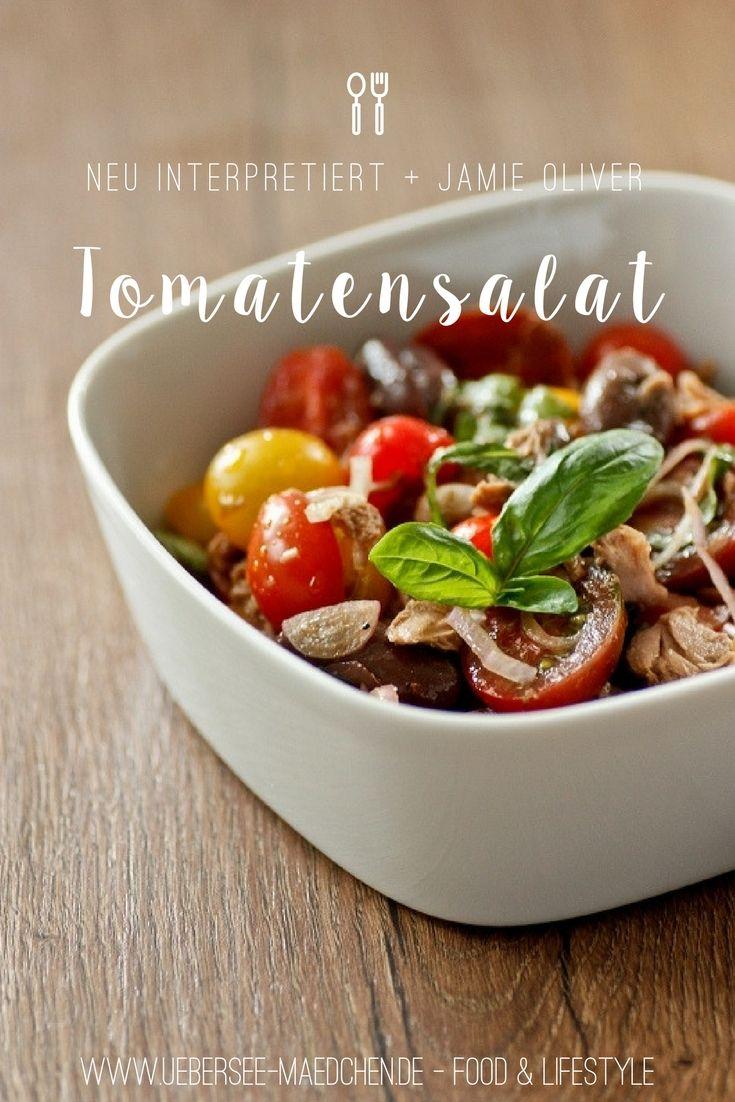 Tomatensalat ist einfach gut, mit ein wenig Thunfisch und Oliven á la Jamie Oliver wird er noch besser | Tomatosalad is just tasty, but with tuna an some olives it gets even more delicious. Recipe for an easy yummy salad