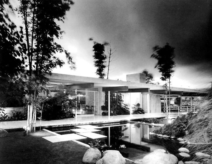 Casa cervantes jardines del pedregal m xico df 1960 for 777 jardines del pedregal