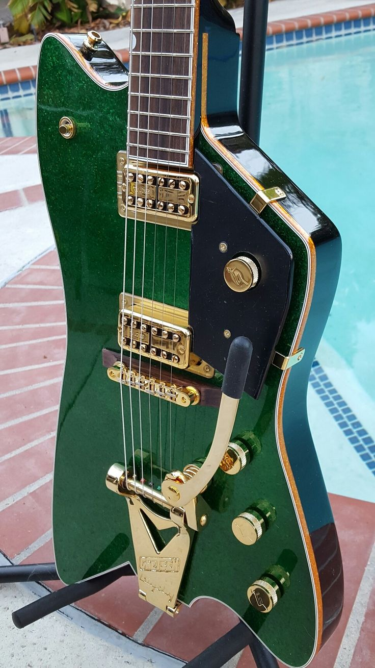 The historic Gretsch G 6199 Billy Bo Thunderbird designed by Bo Diddley in 1959 given to Billy Gibbons who took it to Gretsch and made it into the Gretsch Billy Bo ji 6199 this is a classic collectors addition you see ZZ Billy Gibbons and bass player playing matching sparkle green Billy Bo in con...