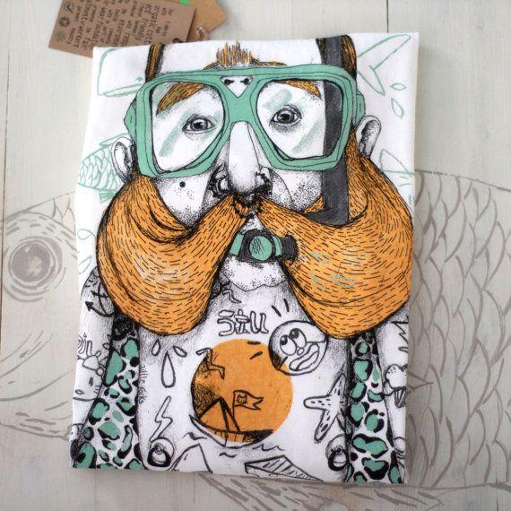 Funky men's t-shirt Brian the diver 100% organic by littlerocksPK
