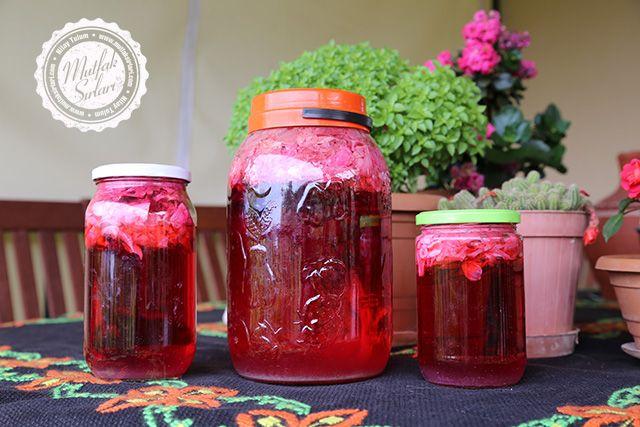 Gül Şerbeti (Taze Gül Yapraklarıyla) – Mutfak Sırları