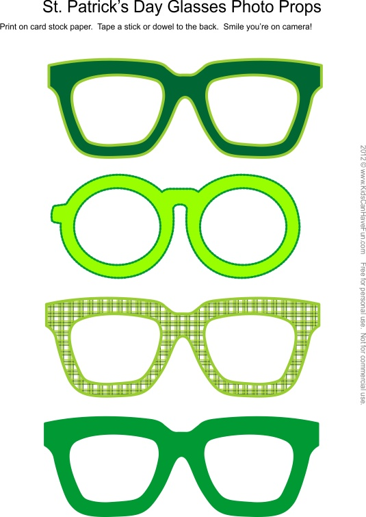 St. Patrick's Day Glasses Photo Booth Props #photobooth #props #stpatricksday