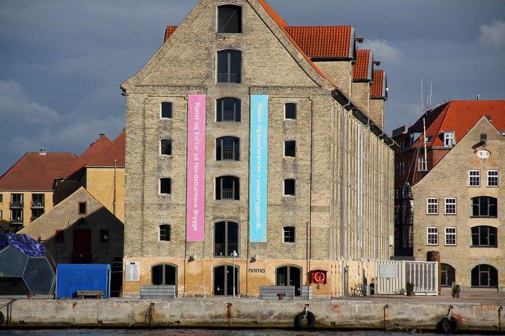 Noma Restaurant (The best in the world). Copenhagen, Denmark. Jul 2011 (Baltic Sea Cruise). Restaurante Noma (O Melhor do Mundo). Copenhague, Dinamarca. Jul 2011 (Cruzeiro no Mar Báltico) | par EBoechat