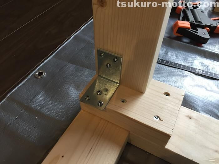 Spf材の骨組みで作る男前カフェ風barカウンターの作り方をご紹介