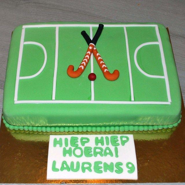 Stupendous 21 Wonderful Photo Of Hockey Birthday Cake Feldhockey Funny Birthday Cards Online Benoljebrpdamsfinfo