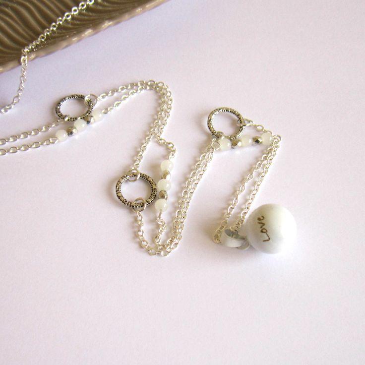 Bola de grossesse argenté et blanc sans cage, cadeau femme enceinte, cercles, verre, bola fin léger : Collier par color-life-bijoux