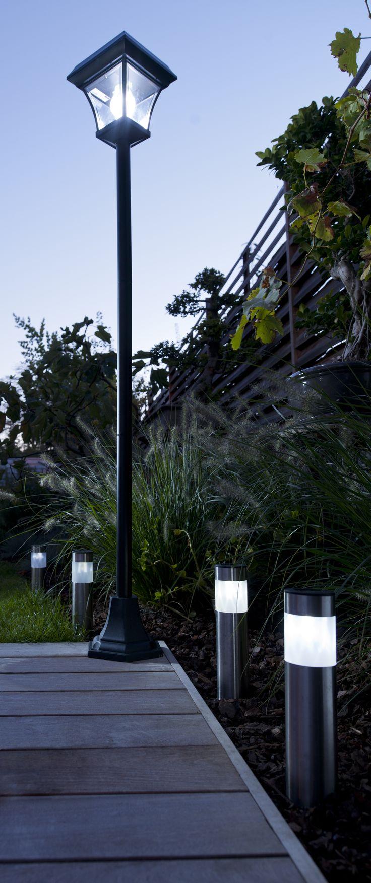 Les 25 meilleures id es de la cat gorie lampadaire exterieur sur pinterest lampadaires - Outdoor leunstoel castorama ...