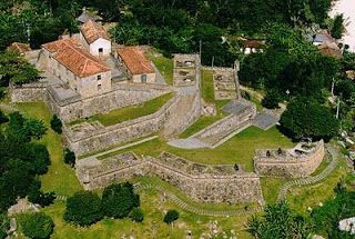 Turismo em SC: Forte São José da Ponta Grossa   - Florianópolis