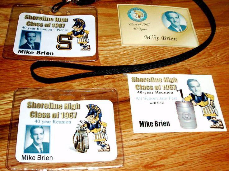 Reunion Event Name Tags w Crest
