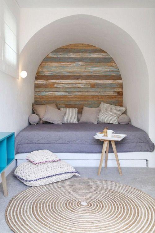 Love the idea of backsplash on alcoves/recesses.  Mediterranean Living ♡ #BohoLover http://amberlair.com