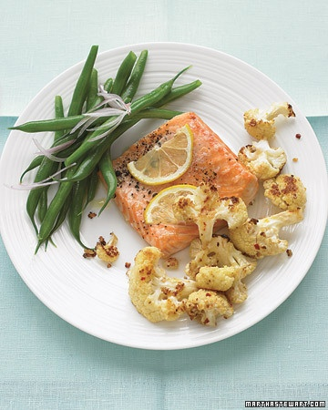 yummo! roasted salmon with spicy cauliflower! might sub tilapia for salmon...
