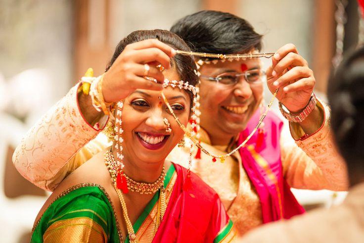 candid_wedding_photography-243