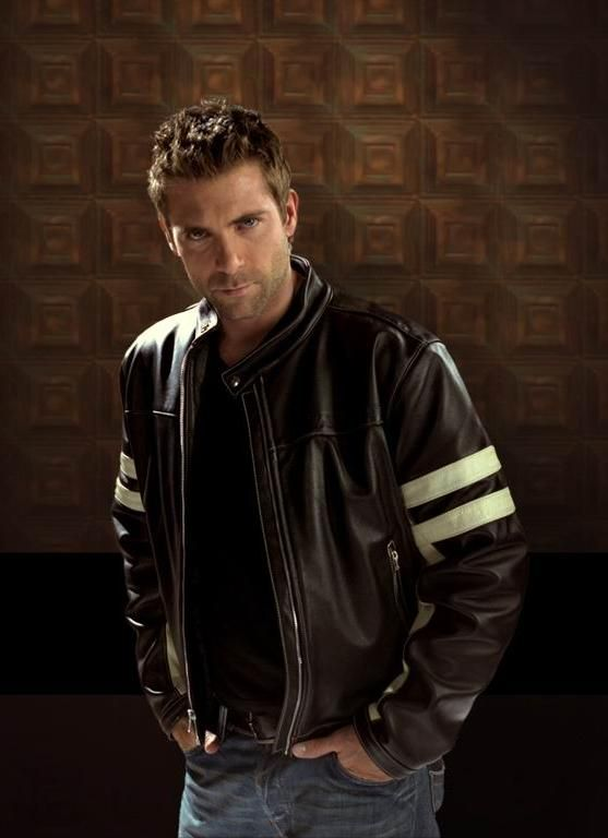 black biker leather jacket http://liamhubpages.hubpages.com/hub/Best-Leather-Jackets-for-Men-2013