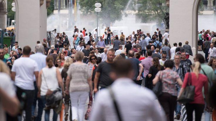 Demoskopie: Die Bevölkerungszahl könnte bis 2060 stabil bleiben - Grund: Zuwanderung