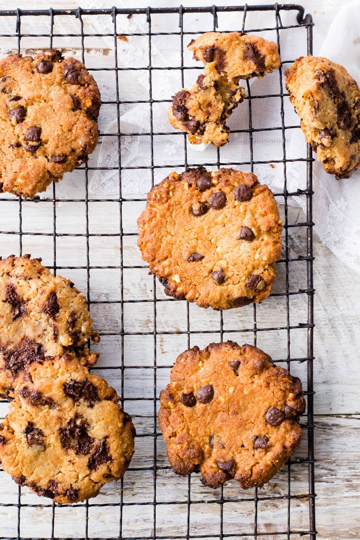 These Thermomix Peanut Butter Cookies are the best Gluten Free and chocolatey cookies out there. The quickest recipe and the gooiest cookies ever.