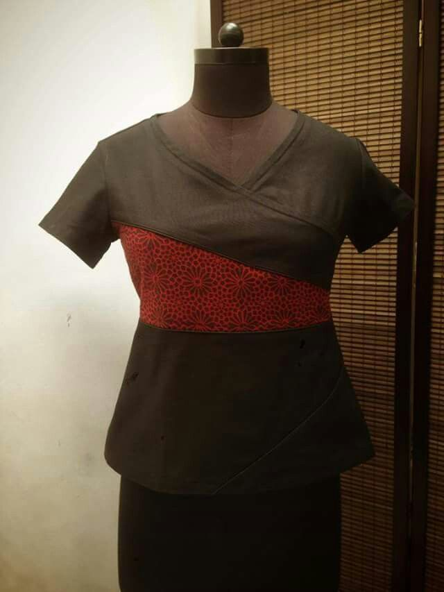 New fitted top with handwoven, naturally dyed fabric, hand block printed.