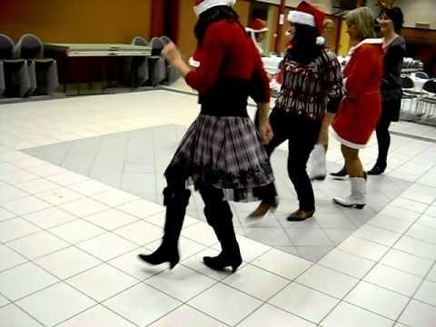 video la danse du pere noel par le club ELDORADO Boussens