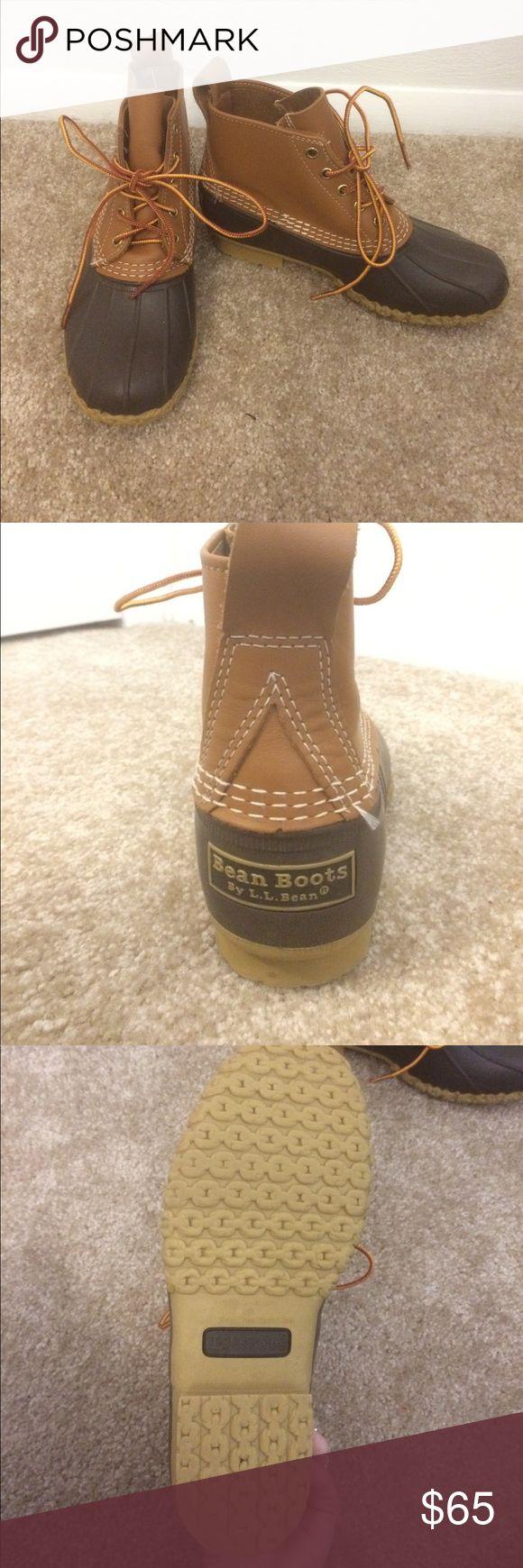 LL bean boots LL Bean duck boots. like new! LL Bean Shoes Winter & Rain Boots