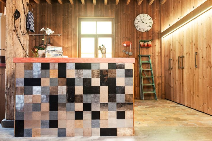 The kitchen of 'Huis Parrein', a new project by Dauby, is beautifully finished with the Pure Tiles Mix! Check them out on www.dauby.com!