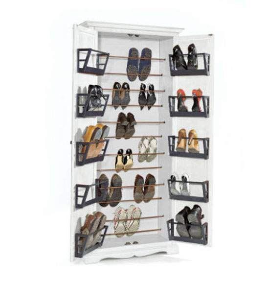 Come salvare casa dal caos grazie alle scarpiere (e agli stipi) in arte povera: http://www.magazzinosottocosto.it/salvare-casa-dal-caos-grazie-alle-scarpiere-agli-stipi-arte-povera-della-sardegna/