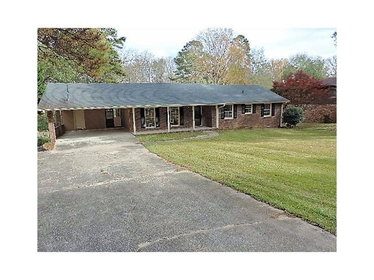 http://www.propertypanorama.com/instaview-elite/fmls/5618713  4 SIDE BRICK RANCH PM 1.33 ACRES, SHORT WALK TO THE LAKE, CLOSE TO STONECREST MALL, EASY ACCESS TO I-20, SHOPPING, RESTAURANTS. LOCATED IN A LAKE COMMUNITY WITH 4 LAKES, FISHING, KAYAKING, AND BEACH AREA.