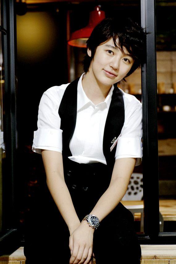 YOON EUN HYE. DRAMA: The 1st. Shop Of Coffee Prince (Coffee Prince). Comedia Romance. Del 02 De Julio Del 2007 Al 27 De Agosto Del 2007...