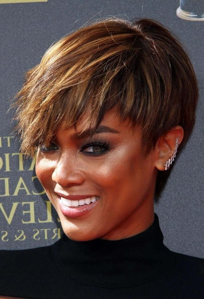Image Result For Tyra Banks Short Hairstyle Kapsels