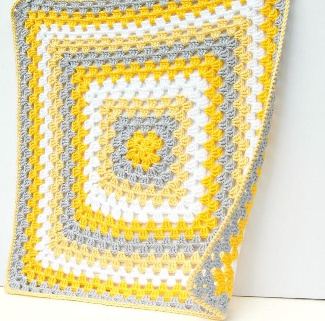 love the color combo.....  hopscotch lane: crochet